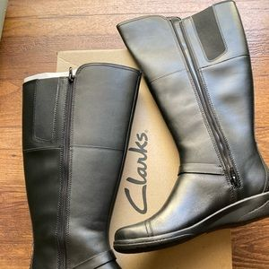 New Clark's Tall Black Boots Size 8 Wide Calf